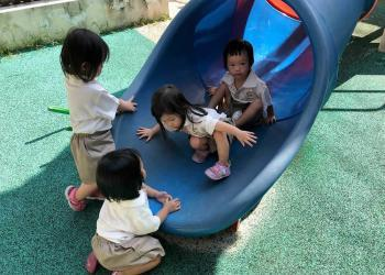 serangoon-gardens-play-03