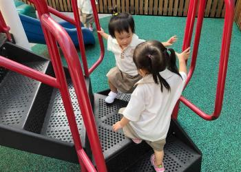 serangoon-gardens-play-19