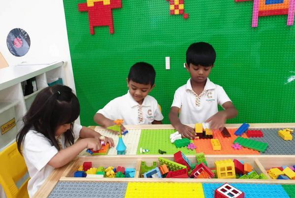 cambridge-macpherson-lego-play